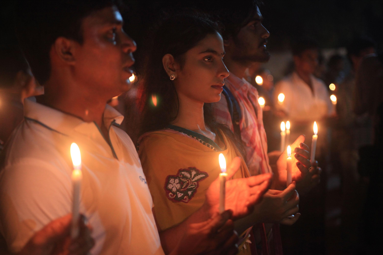 Attentato a Dacca: le vittime dell'ultima strage dell'Isis
