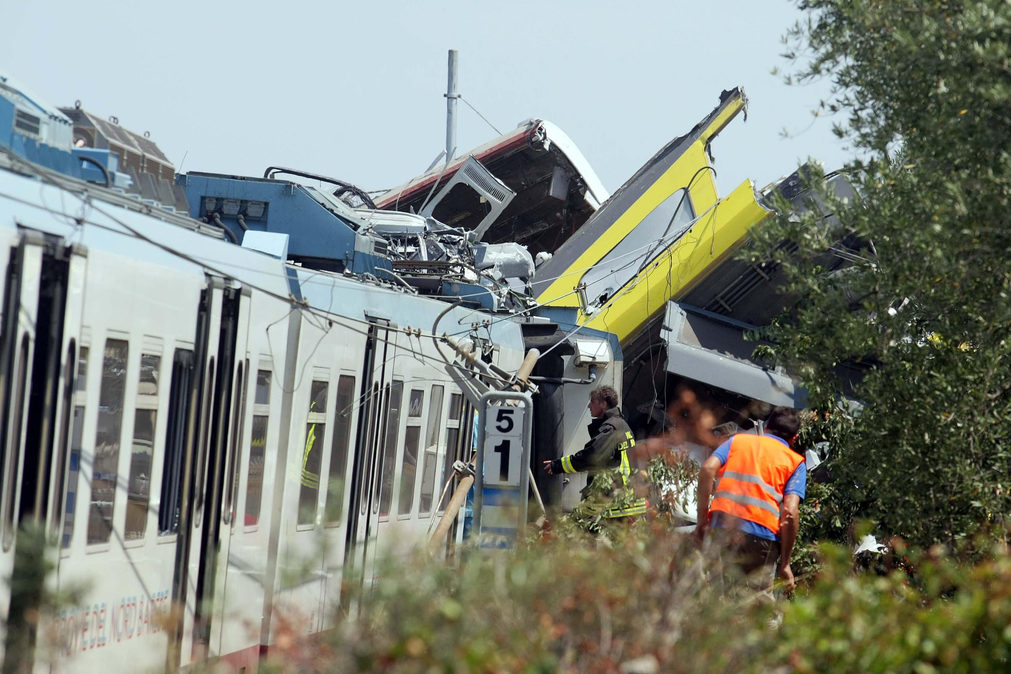 Incidente ferroviario in Puglia: 23 morti e 50 feriti