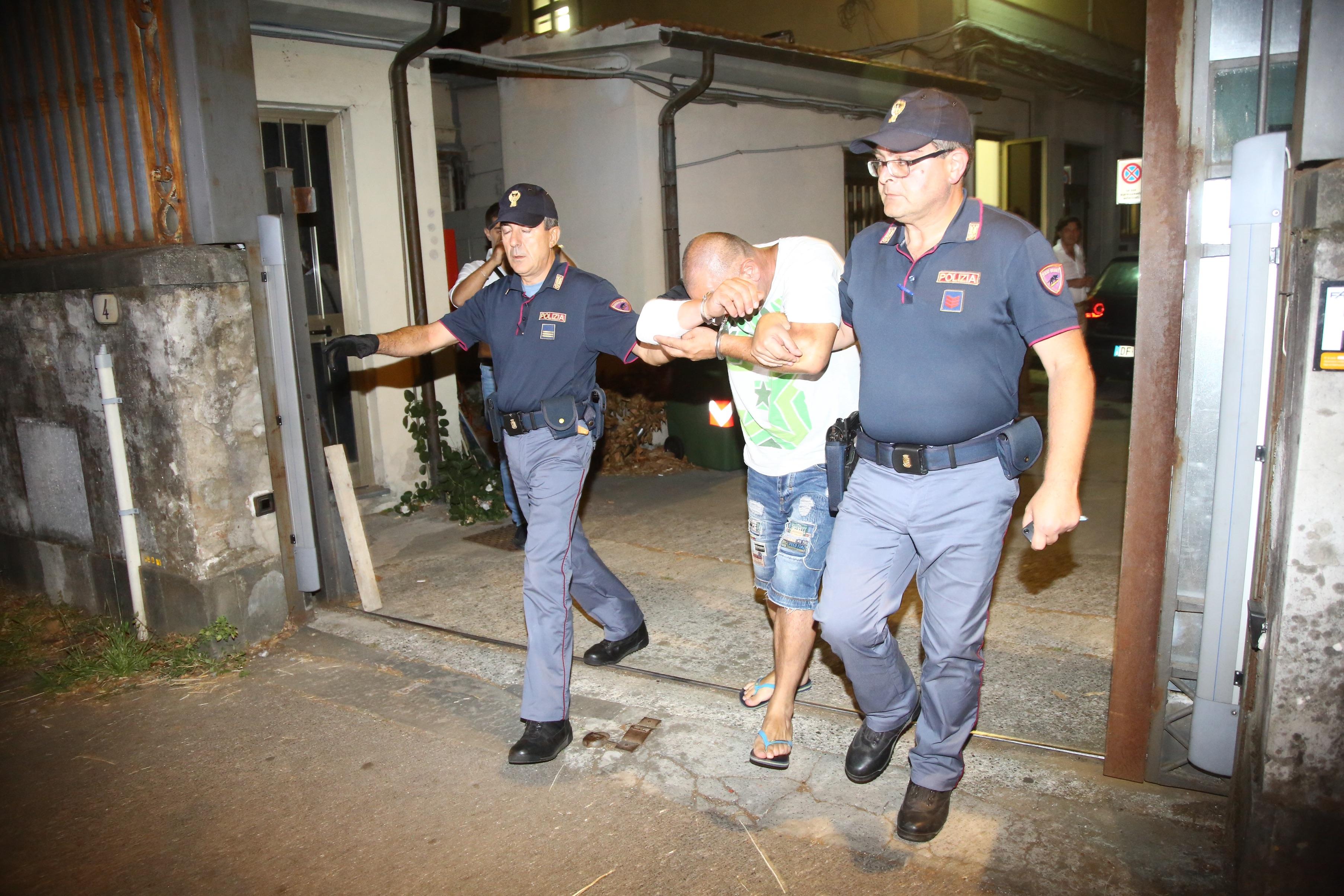 Lucca, l'arresto del presunto aggressore