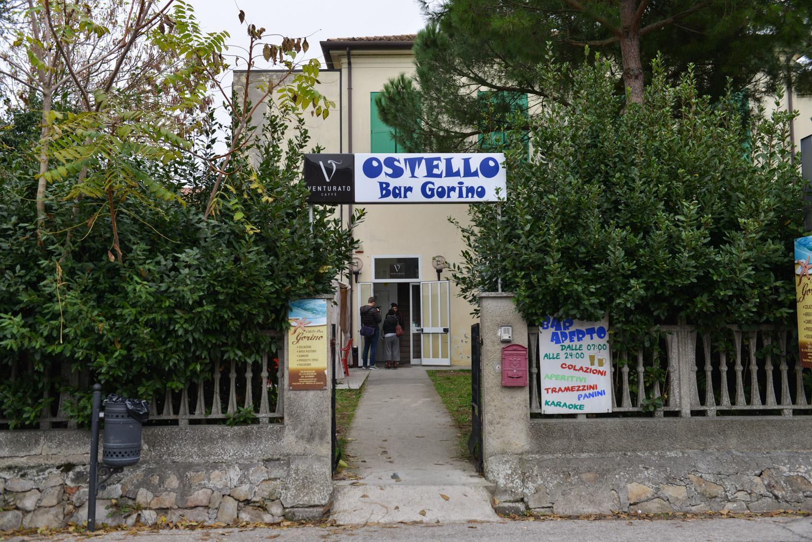 Ferrara, barricate contro arrivo migranti a Gorino