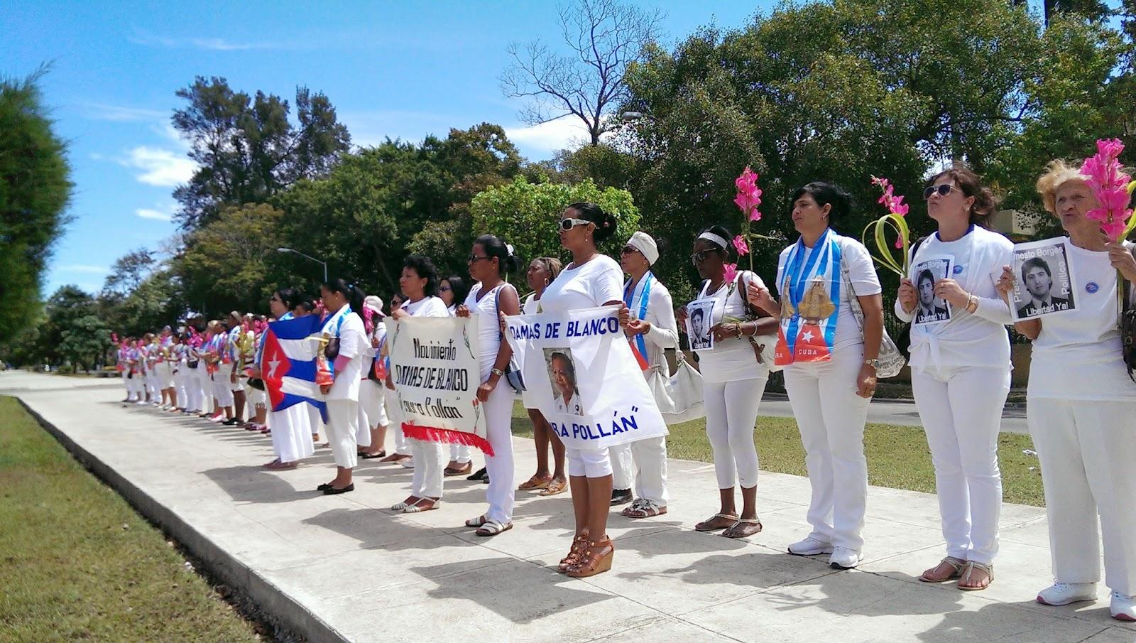Chi sono le Damas Blancas: la protesta femminile contro Fidel Castro che divide l'opinione pubblica