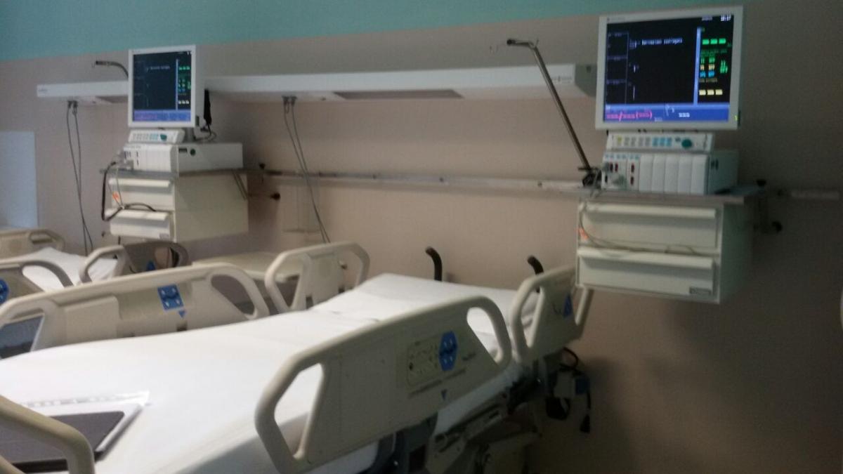 Marsiglia, bimba di un anno si risveglia dal coma: i medici volevano staccare la spina