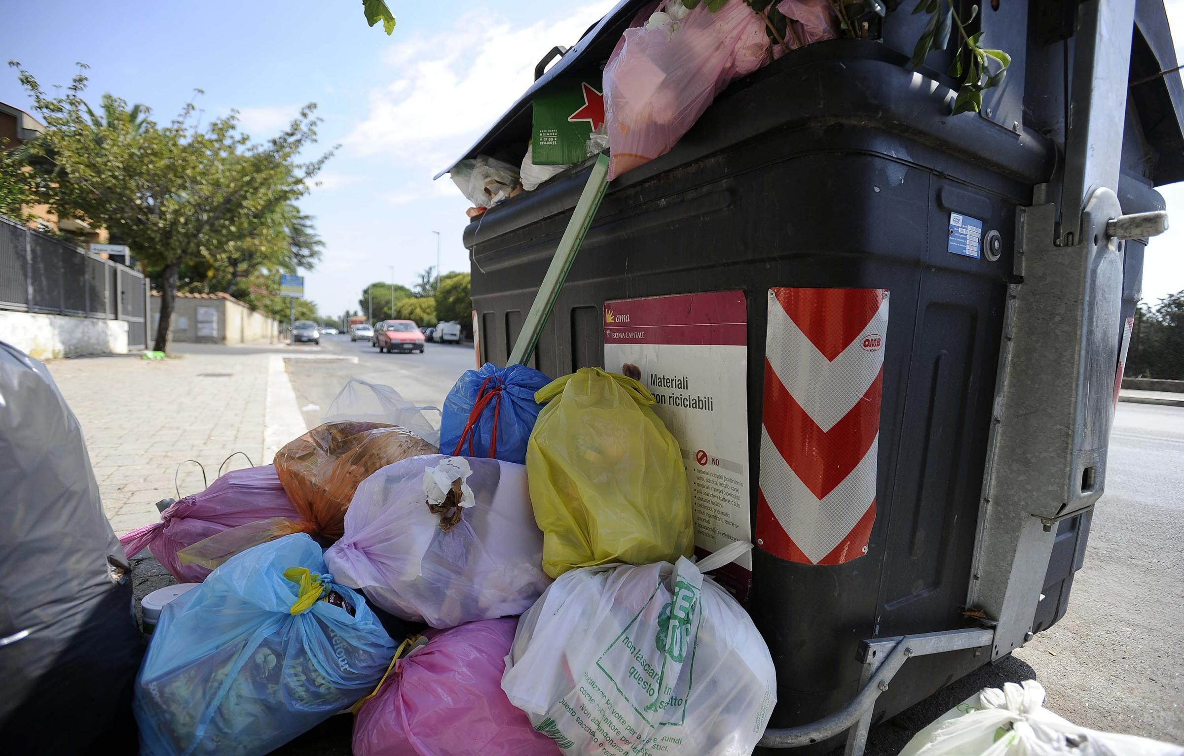 Roma e l'emergenza rifiuti