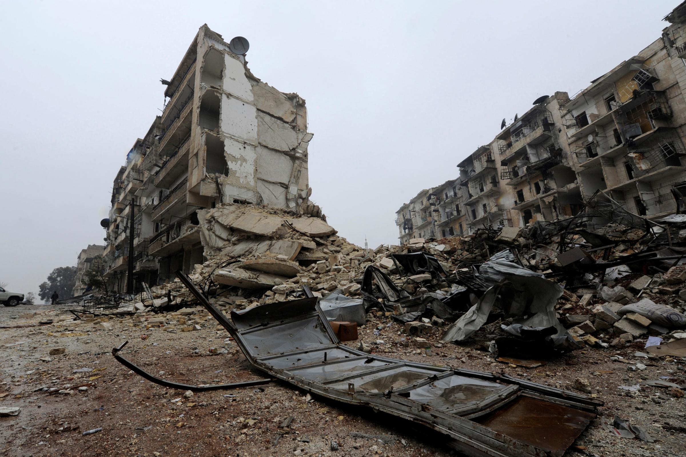 Siria, si spara sul convoglio che evacua i feriti: civili uccisi ad Aleppo