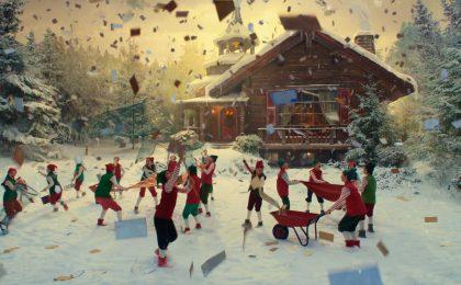 Esselunga realizza uno spot d'autore natalizio: Babbo Natale con 1000 super premi