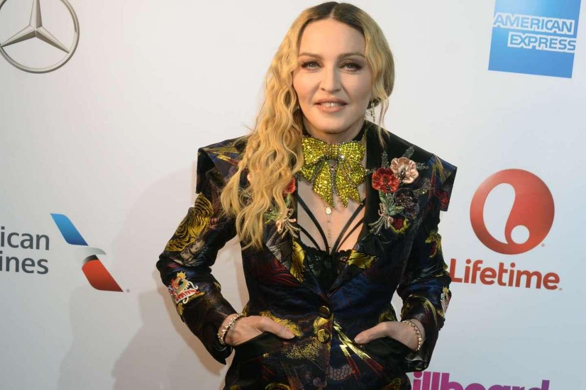 Madonna premiata come donna dell'anno: il suo discorso conquista tutti [FOTO]