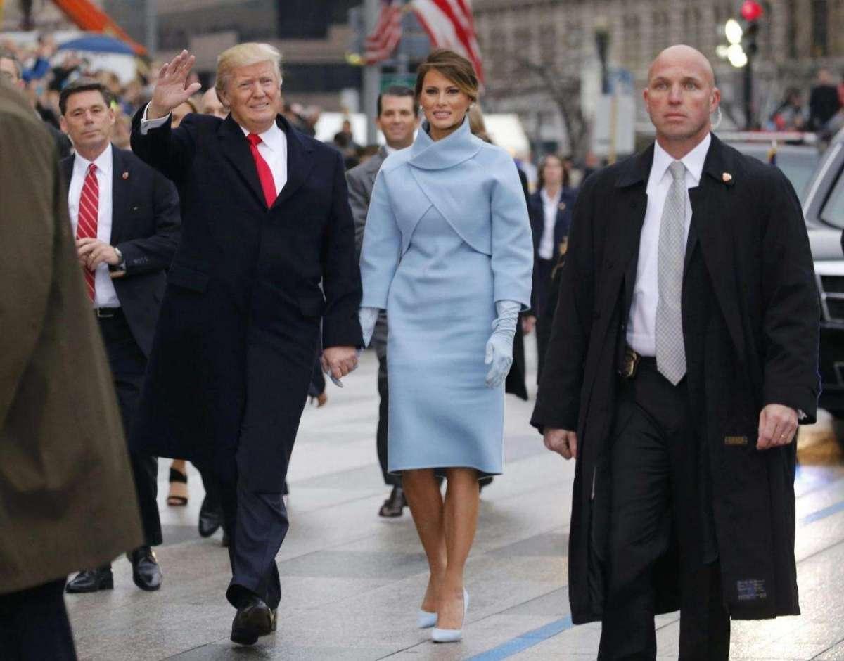 Melania Trump: i look della cerimonia [FOTO]