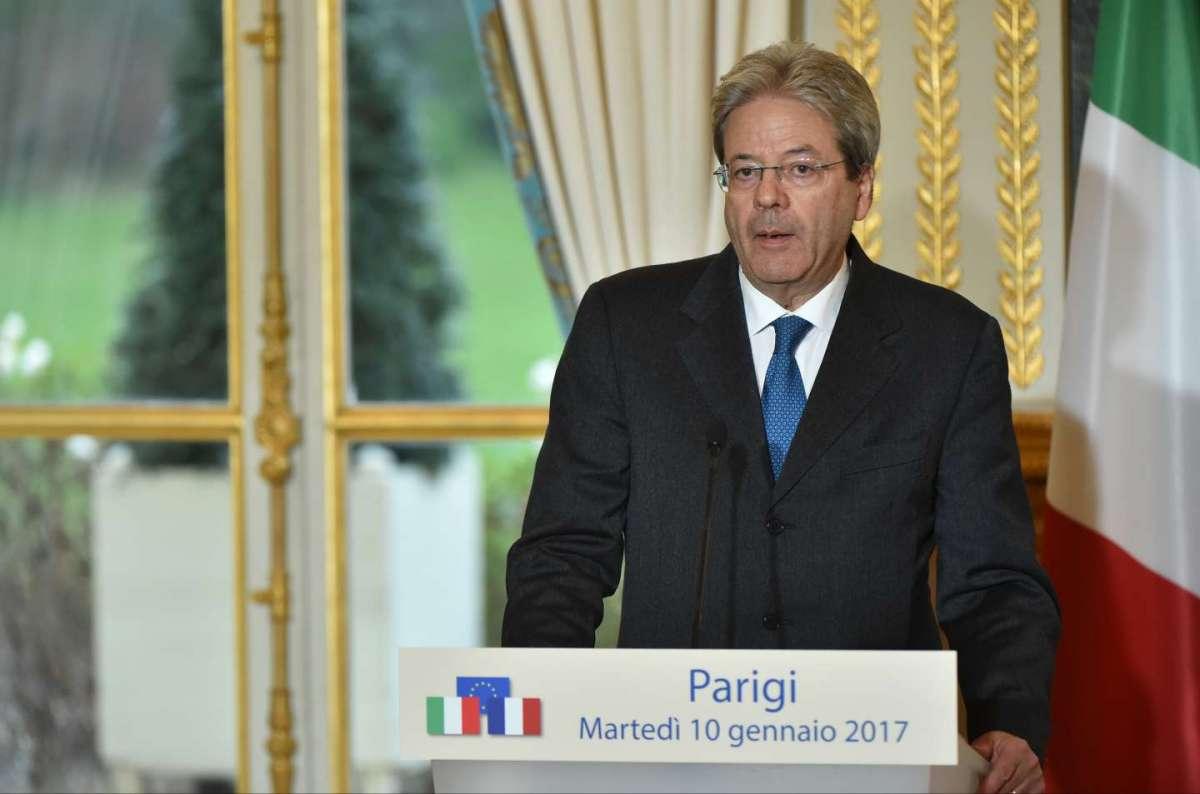 Paolo Gentiloni ricoverato in ospedale: lieve malore per il premier [FOTO]