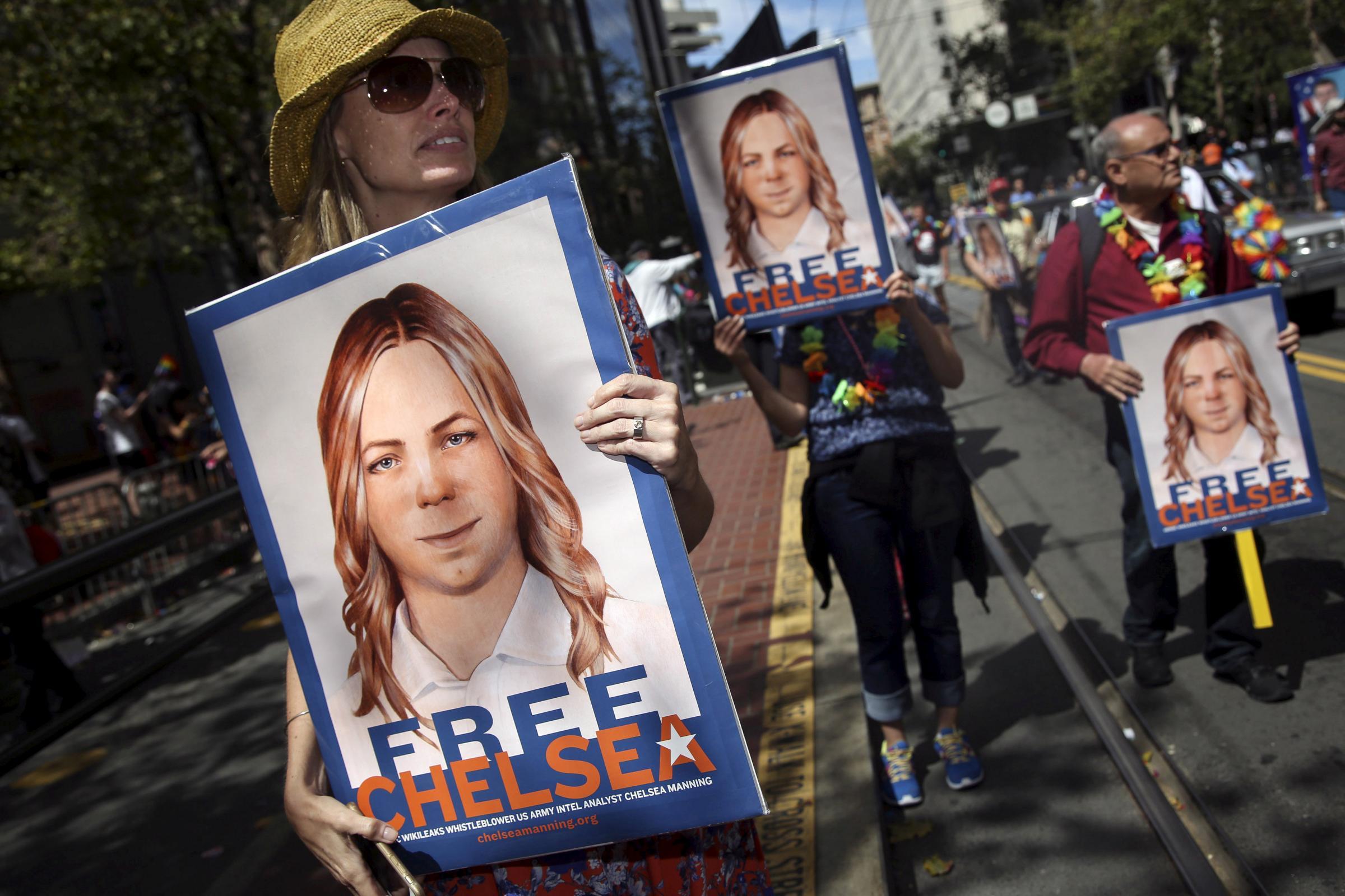 Usa, Obama commuta pena Chelsea Manning: libera a maggio