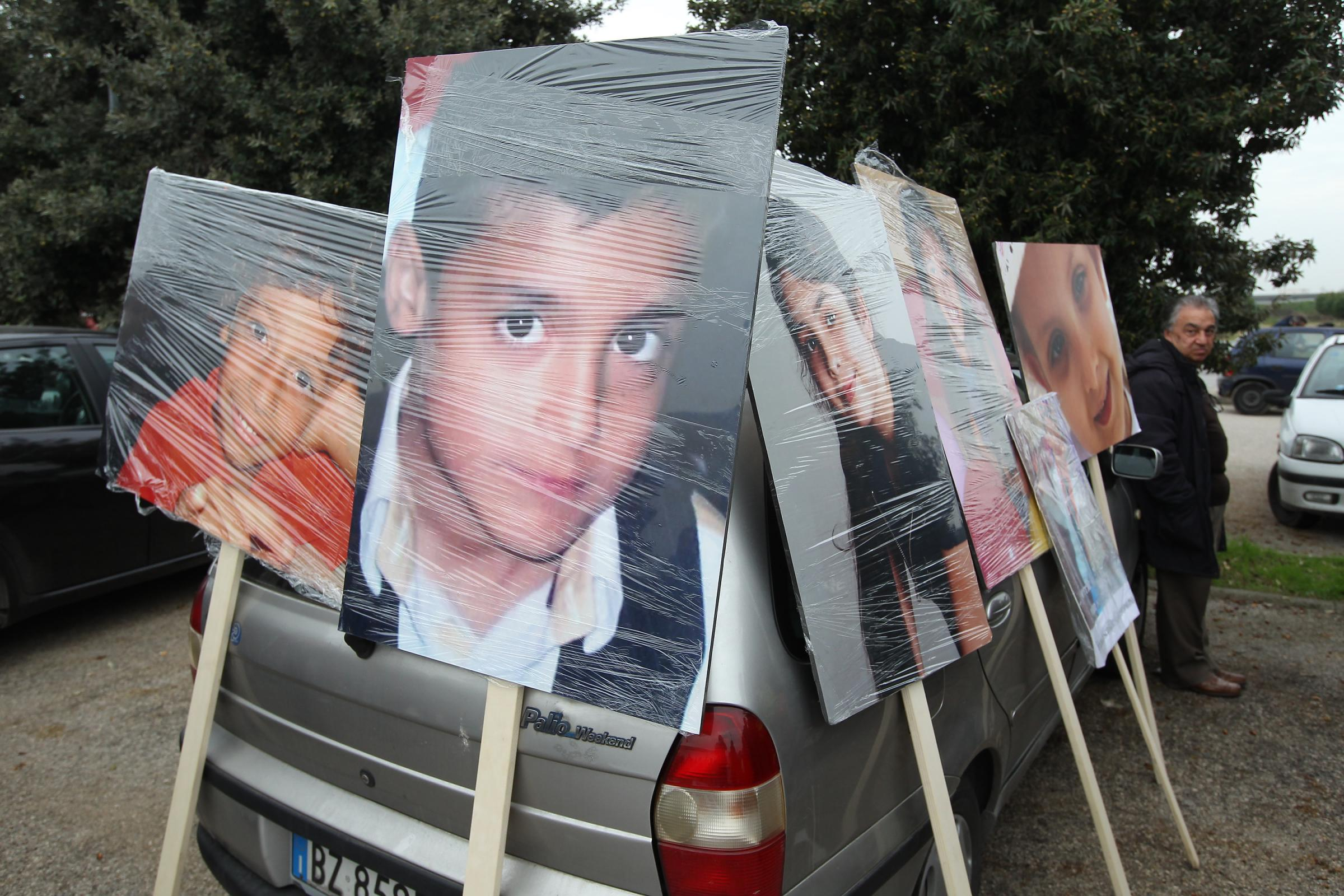 La strage dei bambini nella Terra dei Fuochi: le mamme che chiedono giustizia