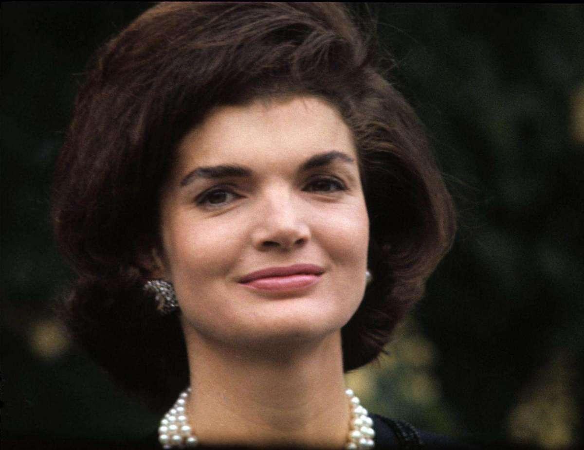 Jackie Kennedy, diventa un film la biografia della moglie del Presidente assassinato [FOTO]