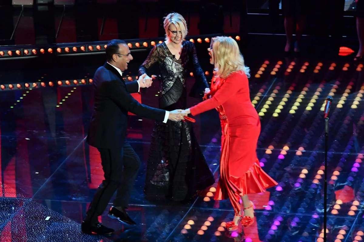 Festival di Sanremo 2017, quarta serata: eliminati a sorpresa Al Bano, D'Alessio, Ferreri e Ron. Lele vince nei Giovani