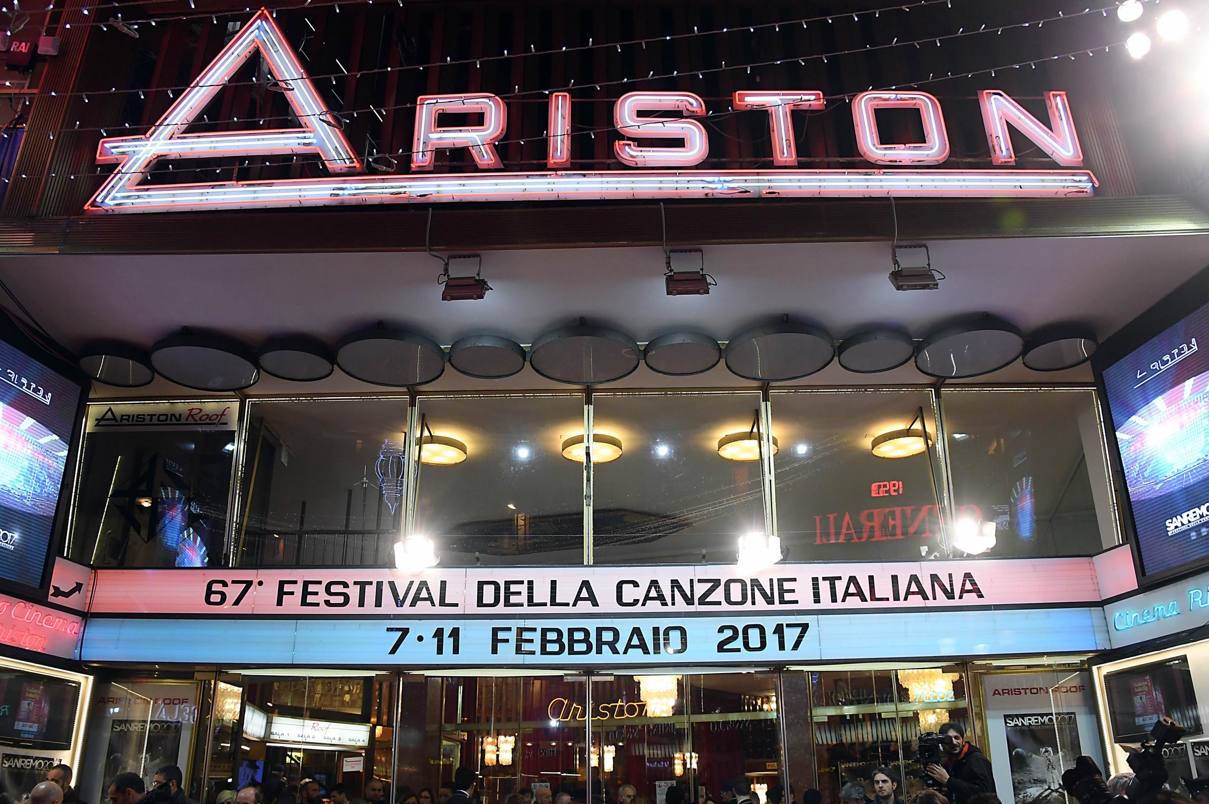 67mo festival della canzone italiana Ingresso dei cantanti al teatro Ariston