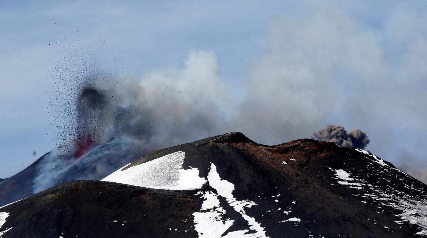 esplosione sull' Etna