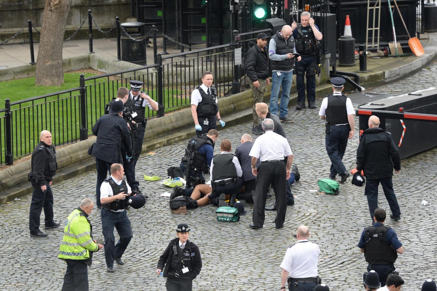 Attentato a Londra: l'assalitore è Adrian Russell Ajao, alias Khalid Masood