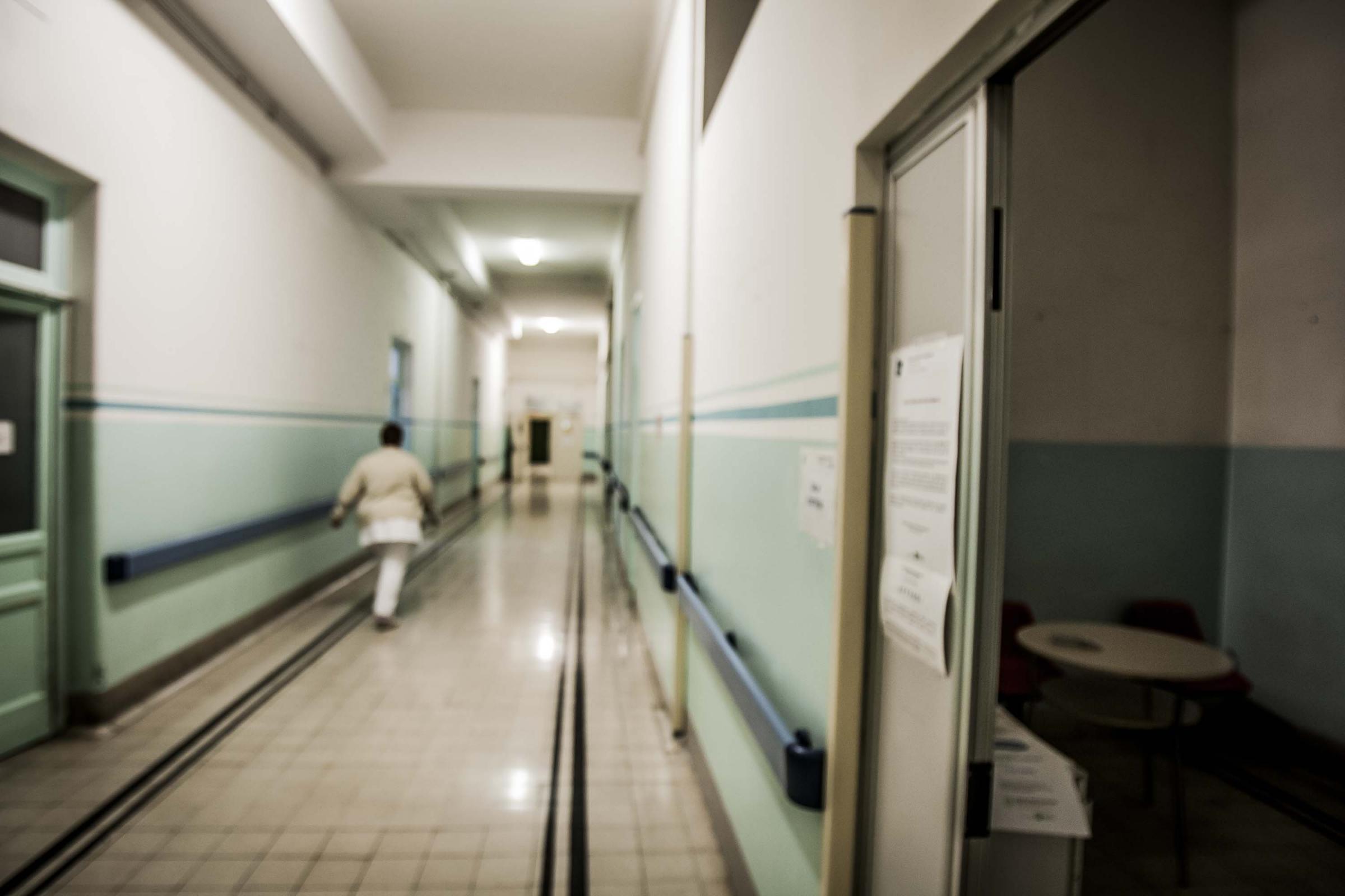Aborto, l'odissea di una 41enne: respinta da 23 ospedali