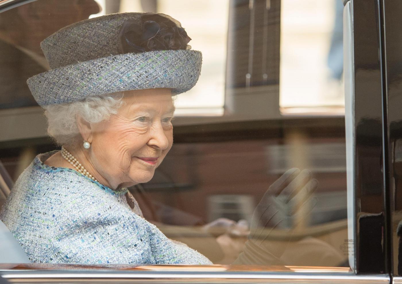 Regina Elisabetta riapre il National Army Museum