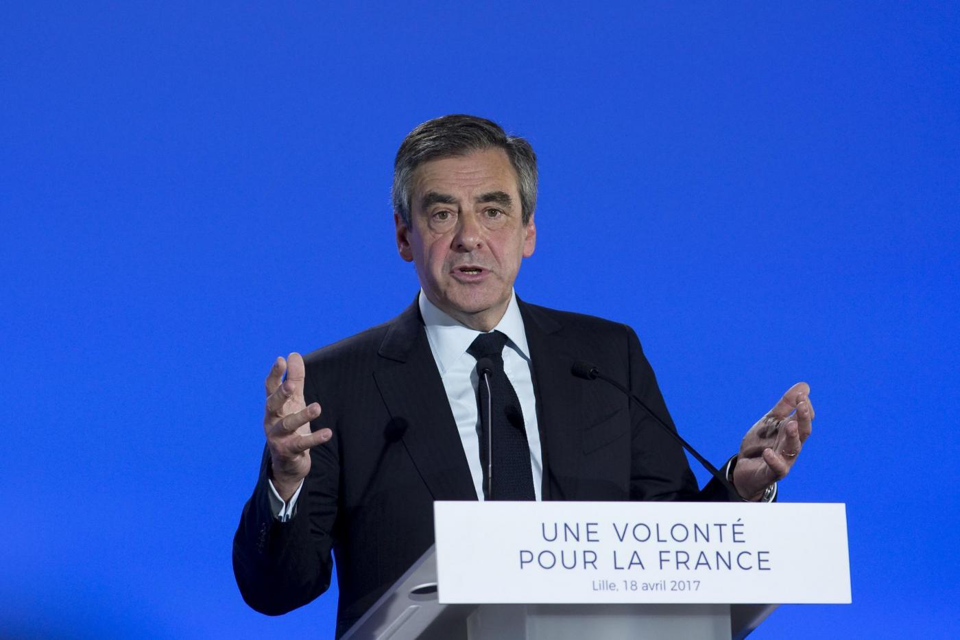 Francois Fillon in campagna elettorale a Lille