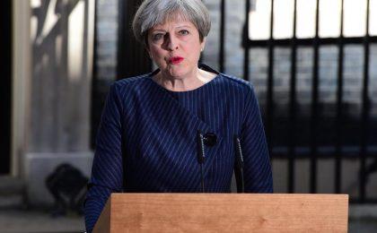Theresa May annuncia le elezioni anticipate: Gran Bretagna al voto l'8 giugno