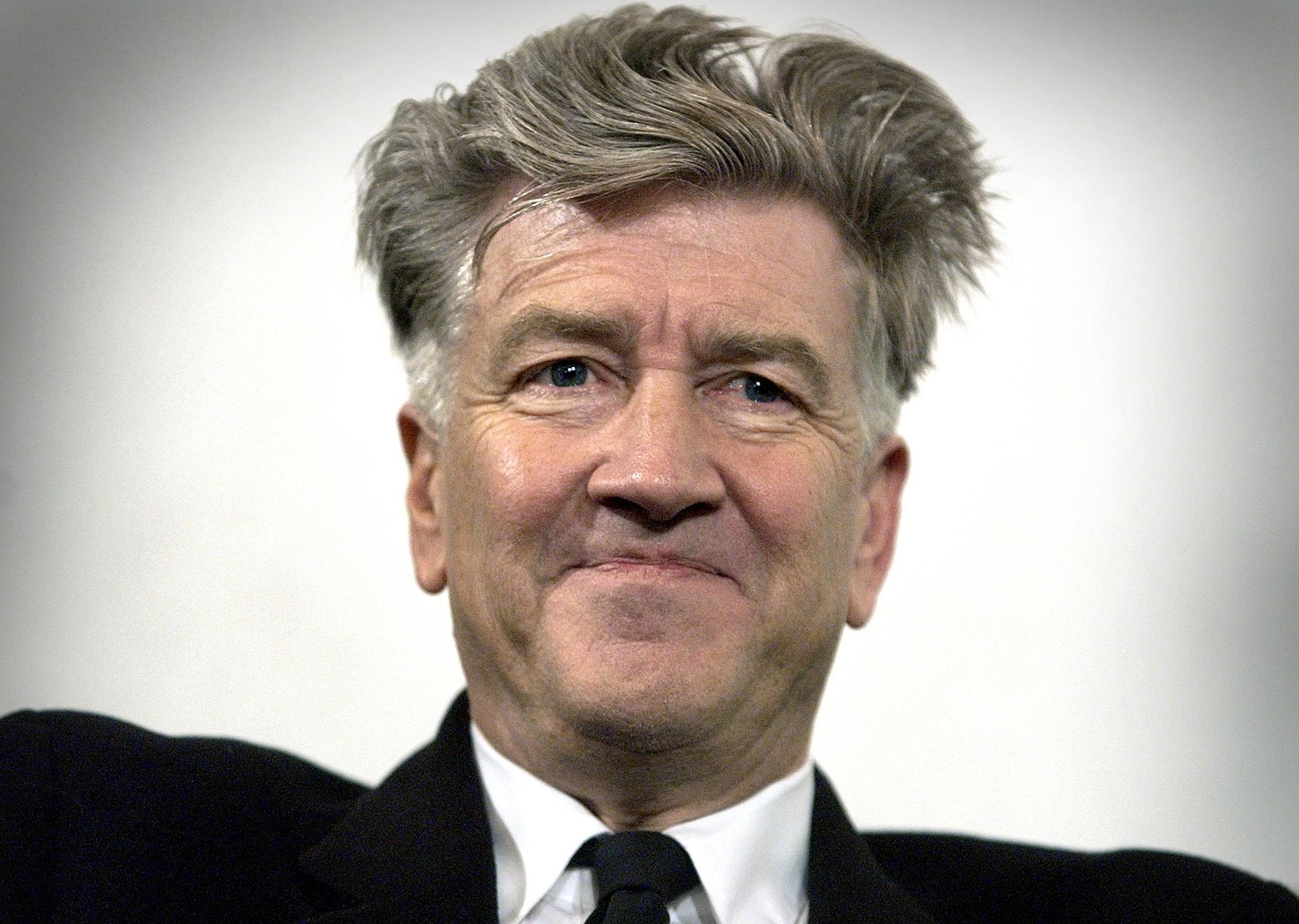 Chi è David Lynch, il regista della serie tv Twin Peaks