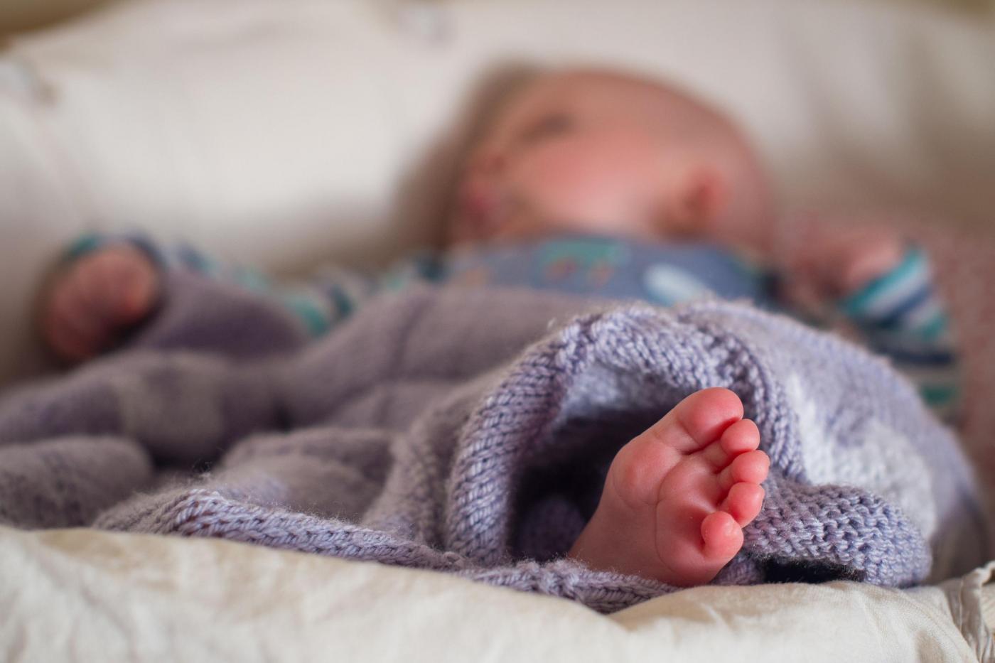 Dieta senza glutine al neonato, Lucas muore a 7 mesi