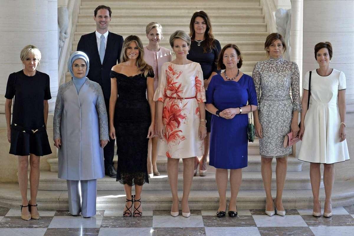 Il marito del premier gay del Lussemburgo posa nelle foto con le First Lady