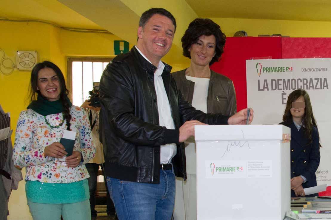 Primarie Pd: Renzi il nuovo segretario con la percentuale record del 70%