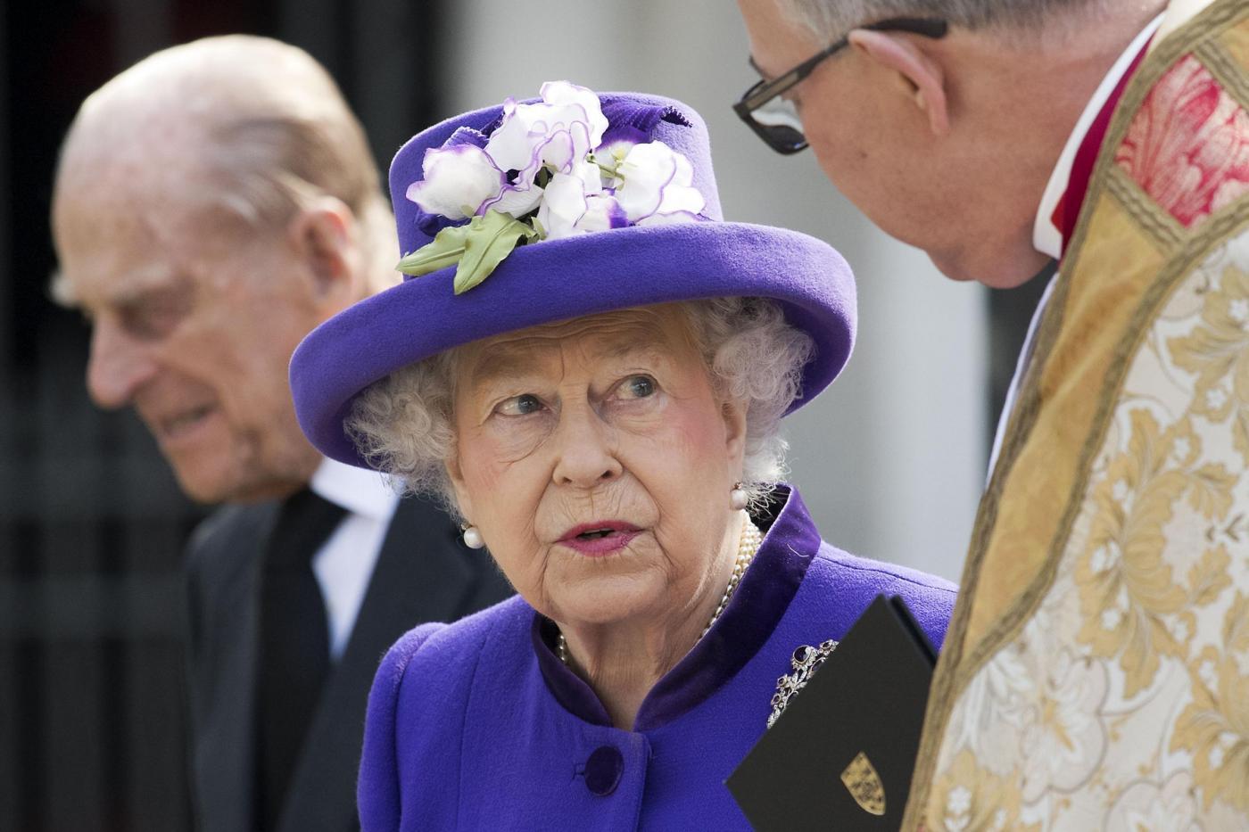 Buckingham Palace: il principe Filippo si ritira, l'annuncio nella riunione d'emergenza