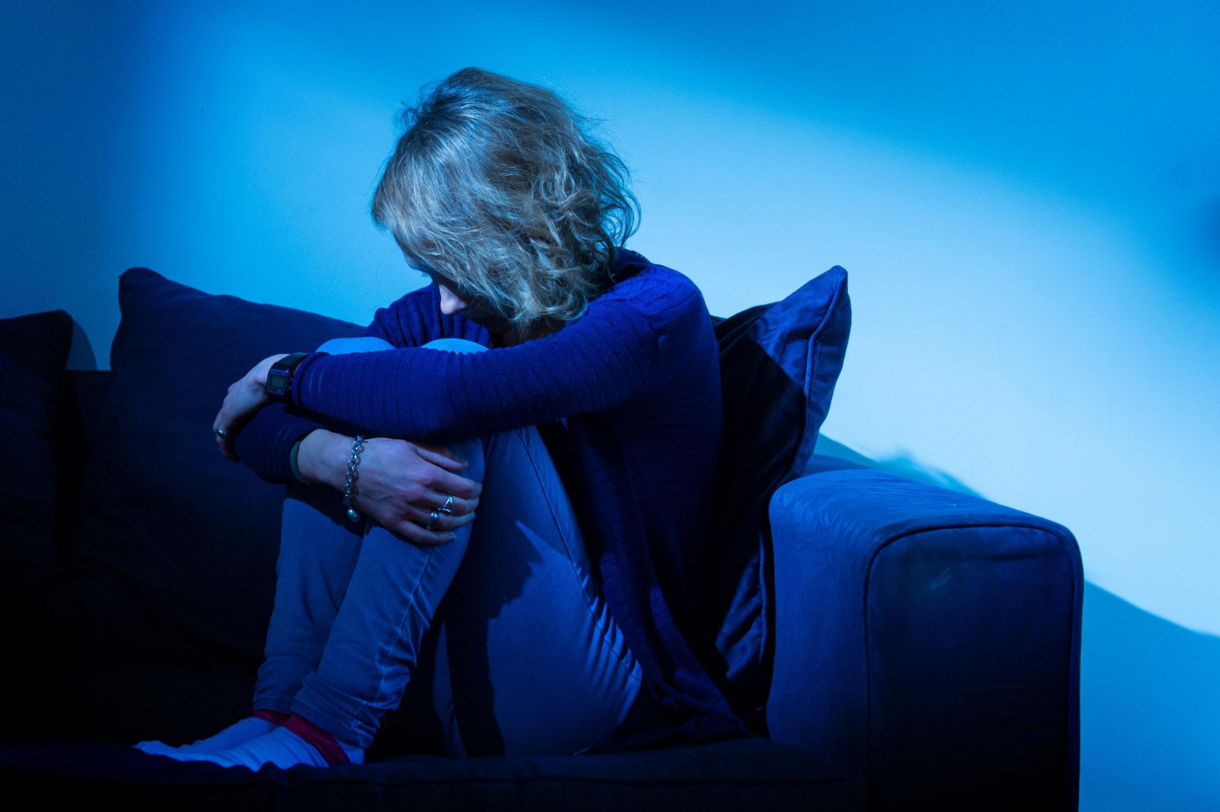 Blue Whale game, scampata la tragedia in Emilia-Romagna: ragazzina salvata dalle amiche