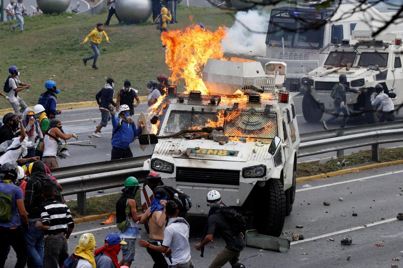"""Venezuela e la riforma di Stato di Maduro, le opposizioni: """"È golpe"""""""
