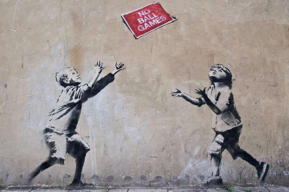 Banksy è Robert dei Massive Attack? Una gaffe avrebbe rivelato il nome del writer