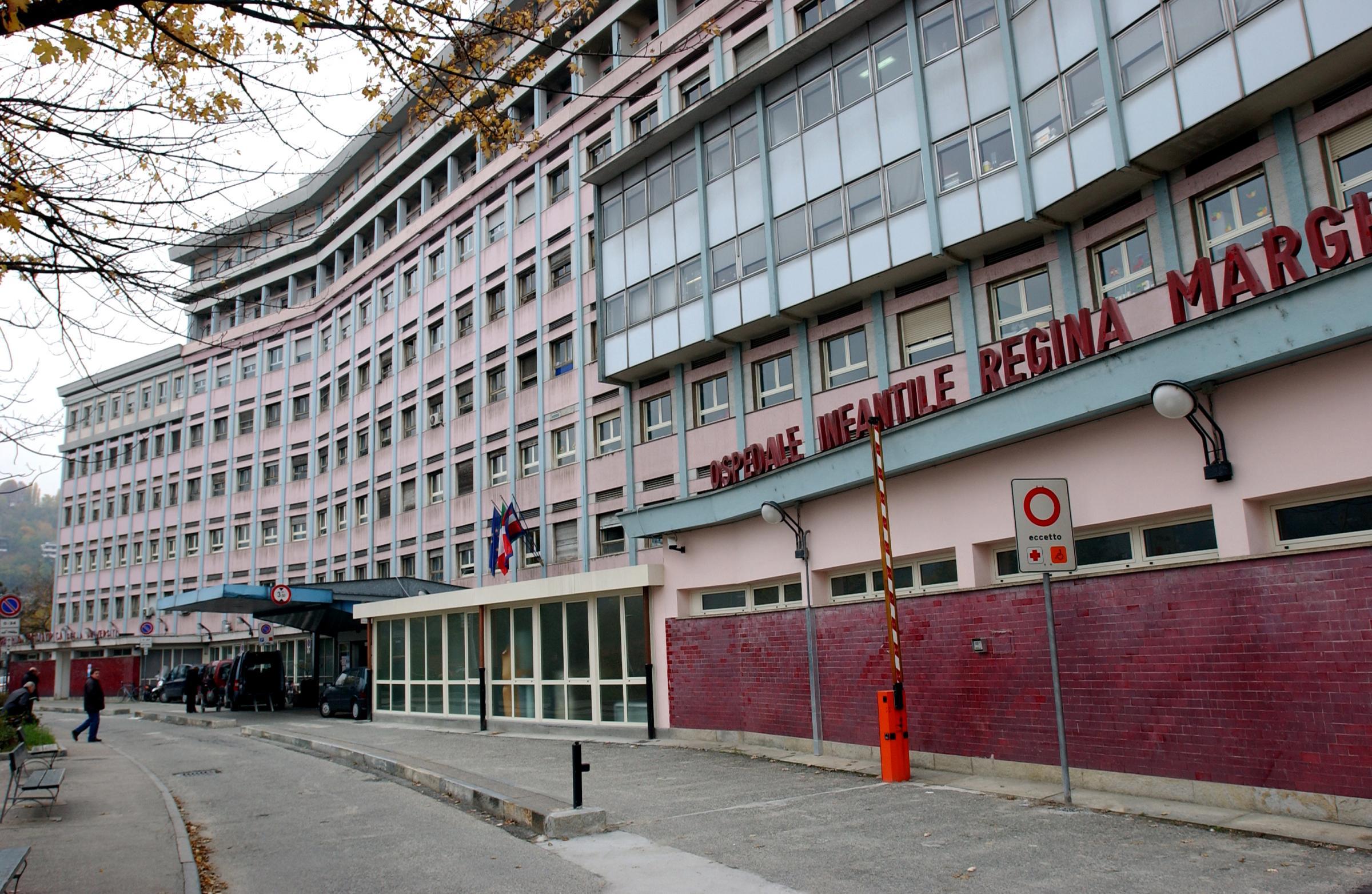 Torino, neonato lanciato dal balcone: era nato da una relazione extraconiugale