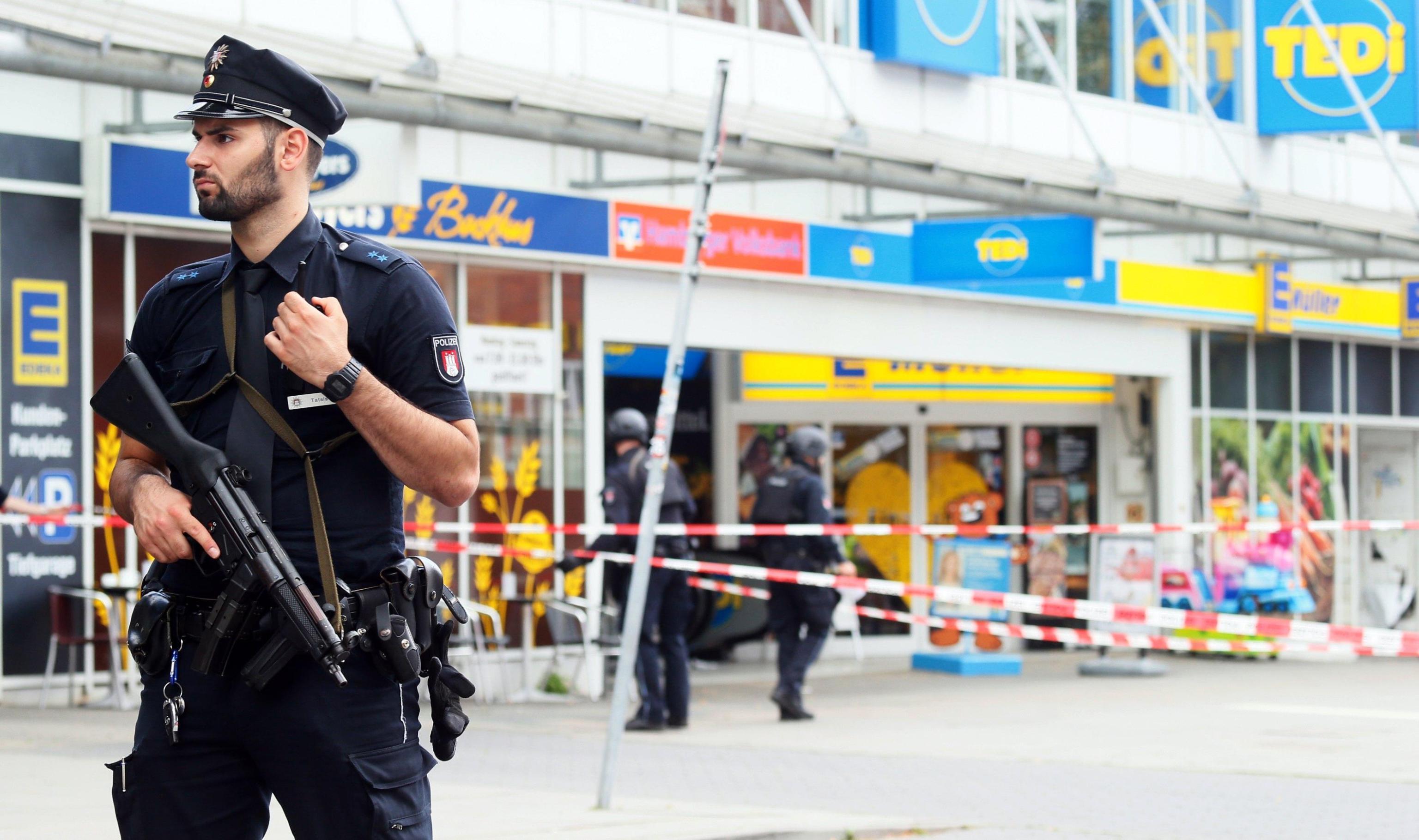 ++ Amburgo: aggressore arrivato in Germania come rifugiato ++
