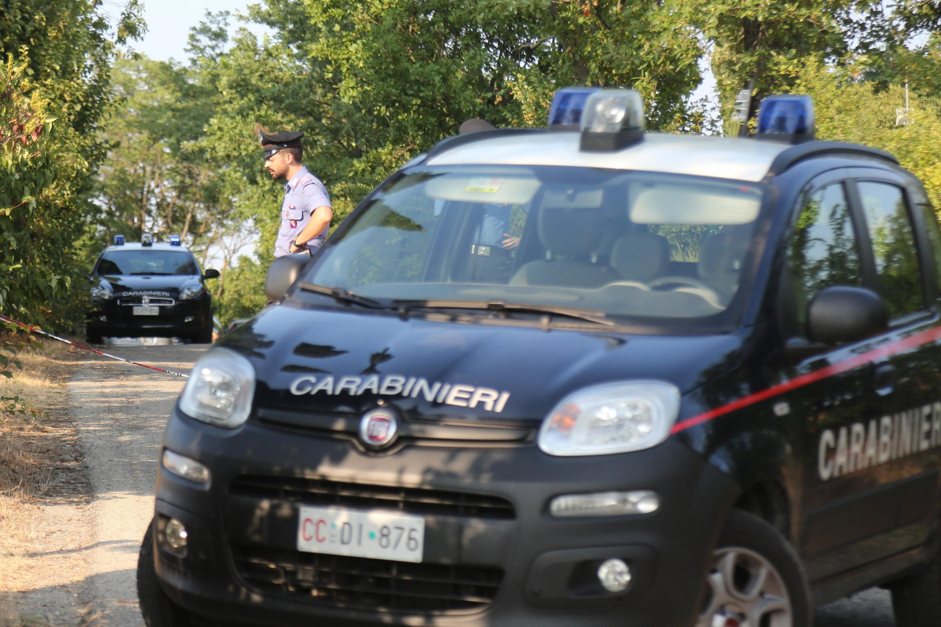 Orrore a Pavia, donna scomparsa ritrovata strangolata in un silos: confessa il figlio