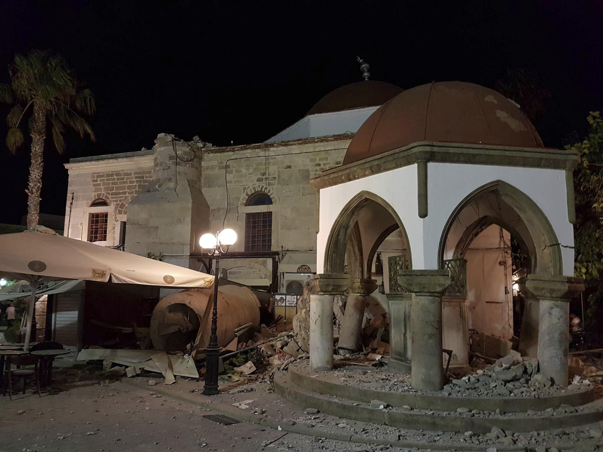 Terremoti: scossa 6,7 in Mar Egeo, due morti a Kos