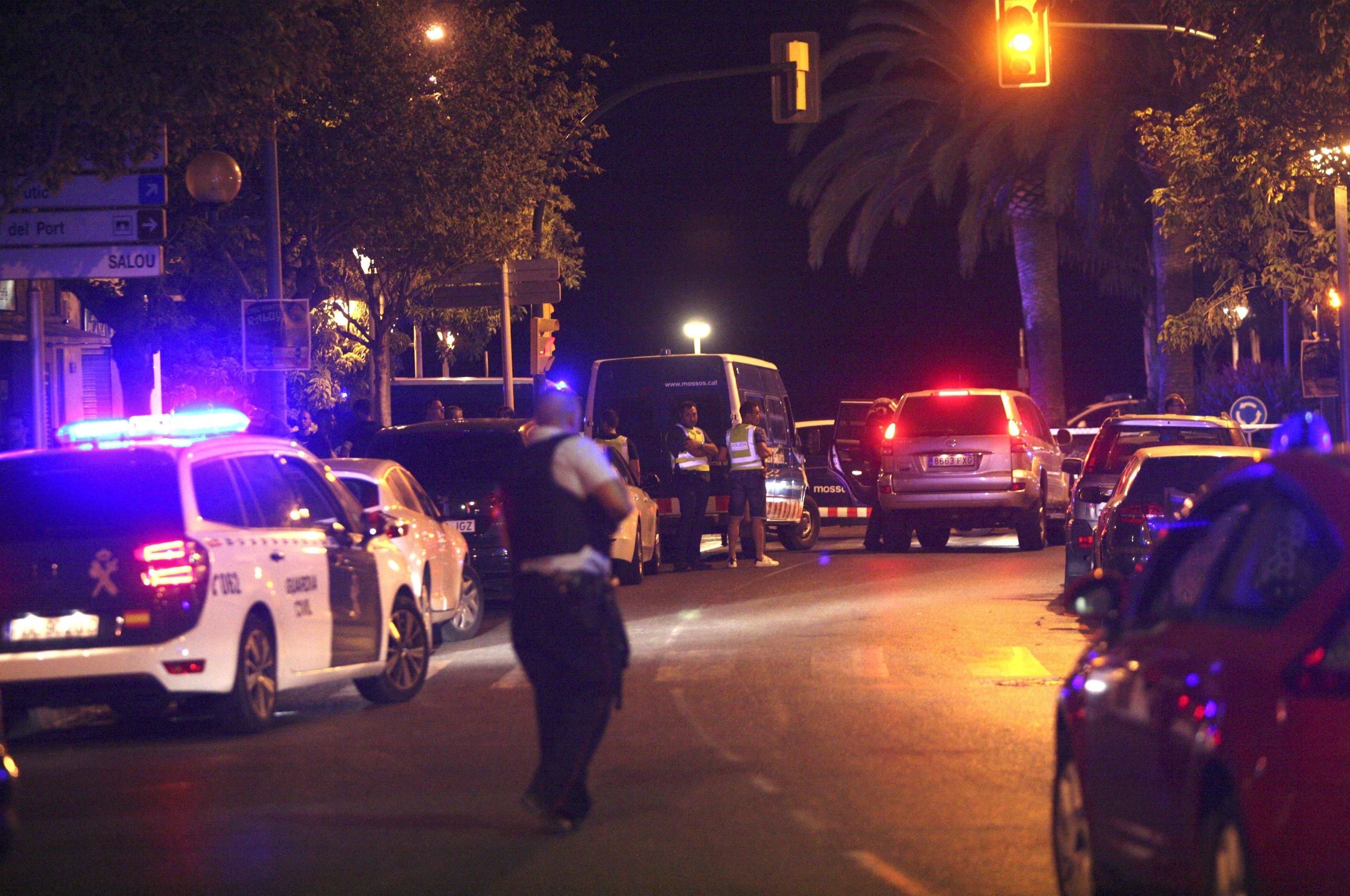 Spagna, dopo Barcellona terrore a Cambrils: 5 terroristi kamikaze uccisi, diversi feriti
