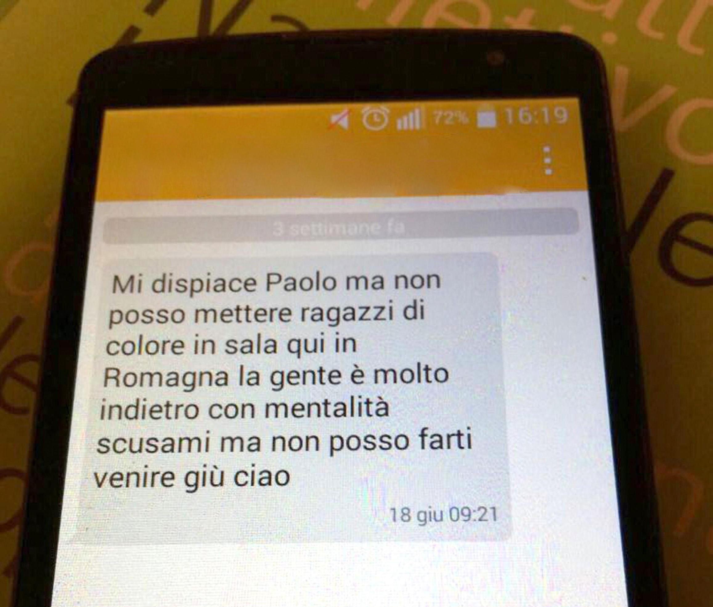 """Cervia, hotel respinge cameriere italiano di colore: """"Non ti assumo più"""""""