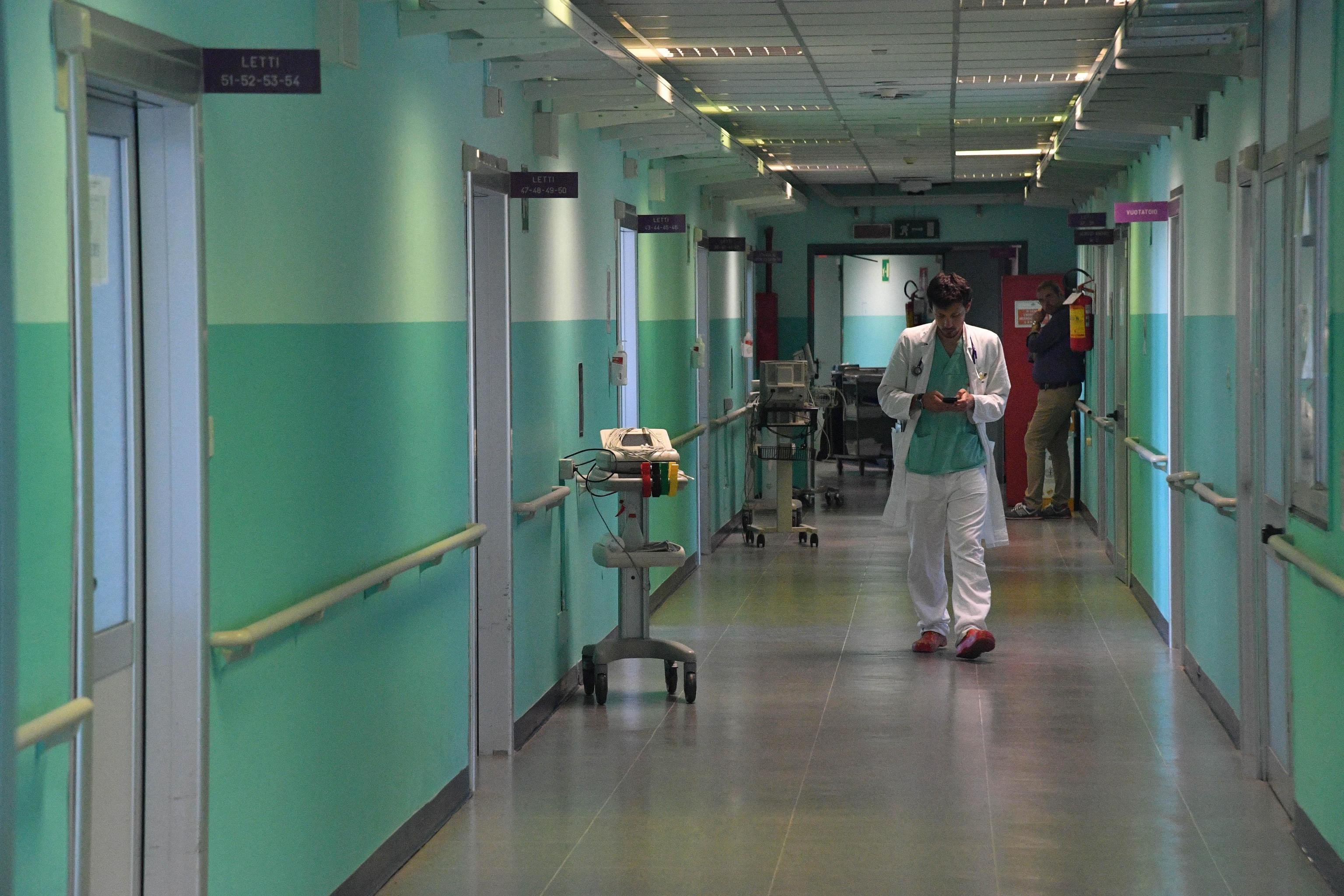 Torino, mamma di 24 anni muore dopo un intervento per dimagrire post gravidanza