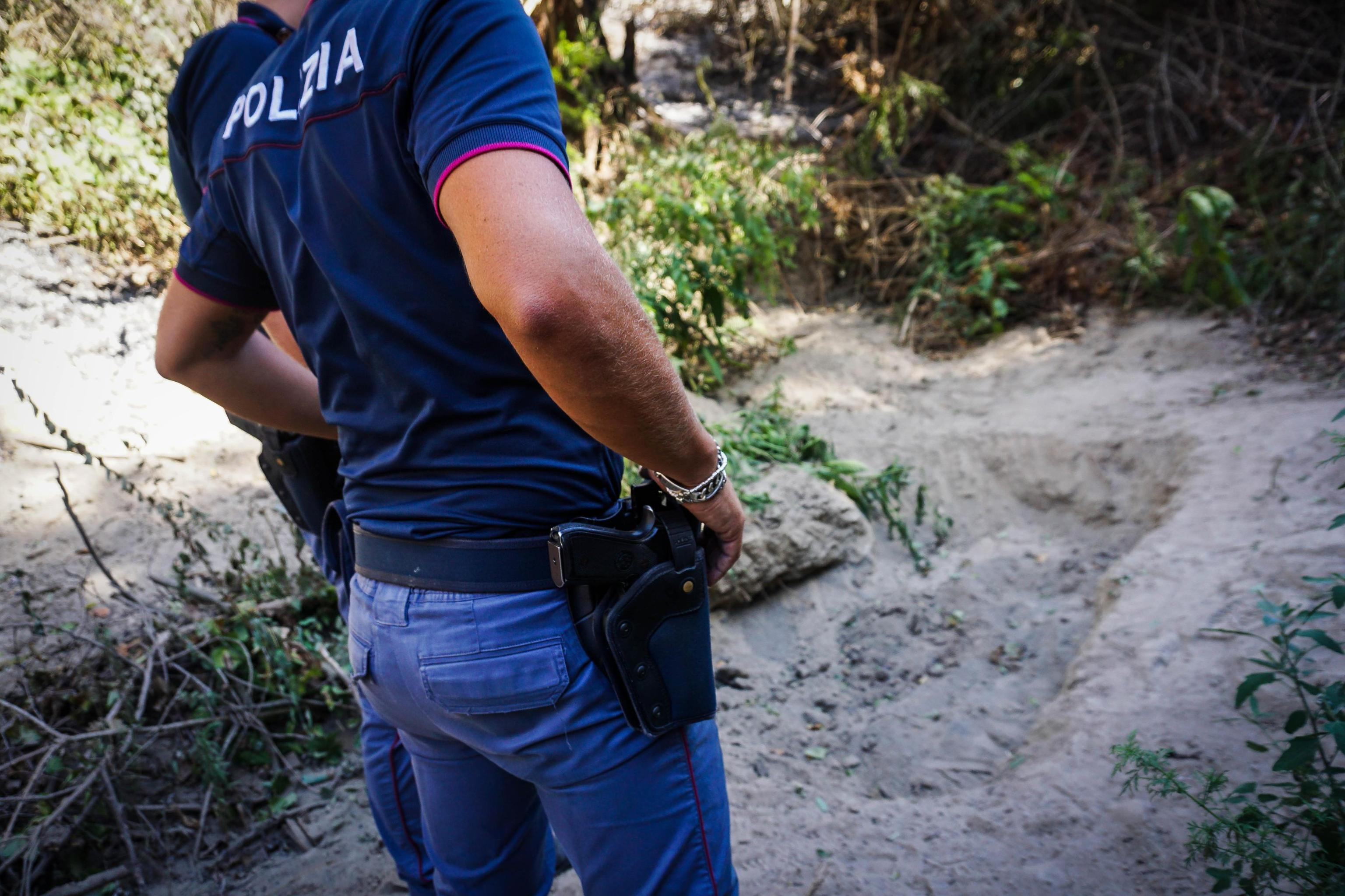 Milano, 80enne violentata al Parco Nord: caccia all'aggressore