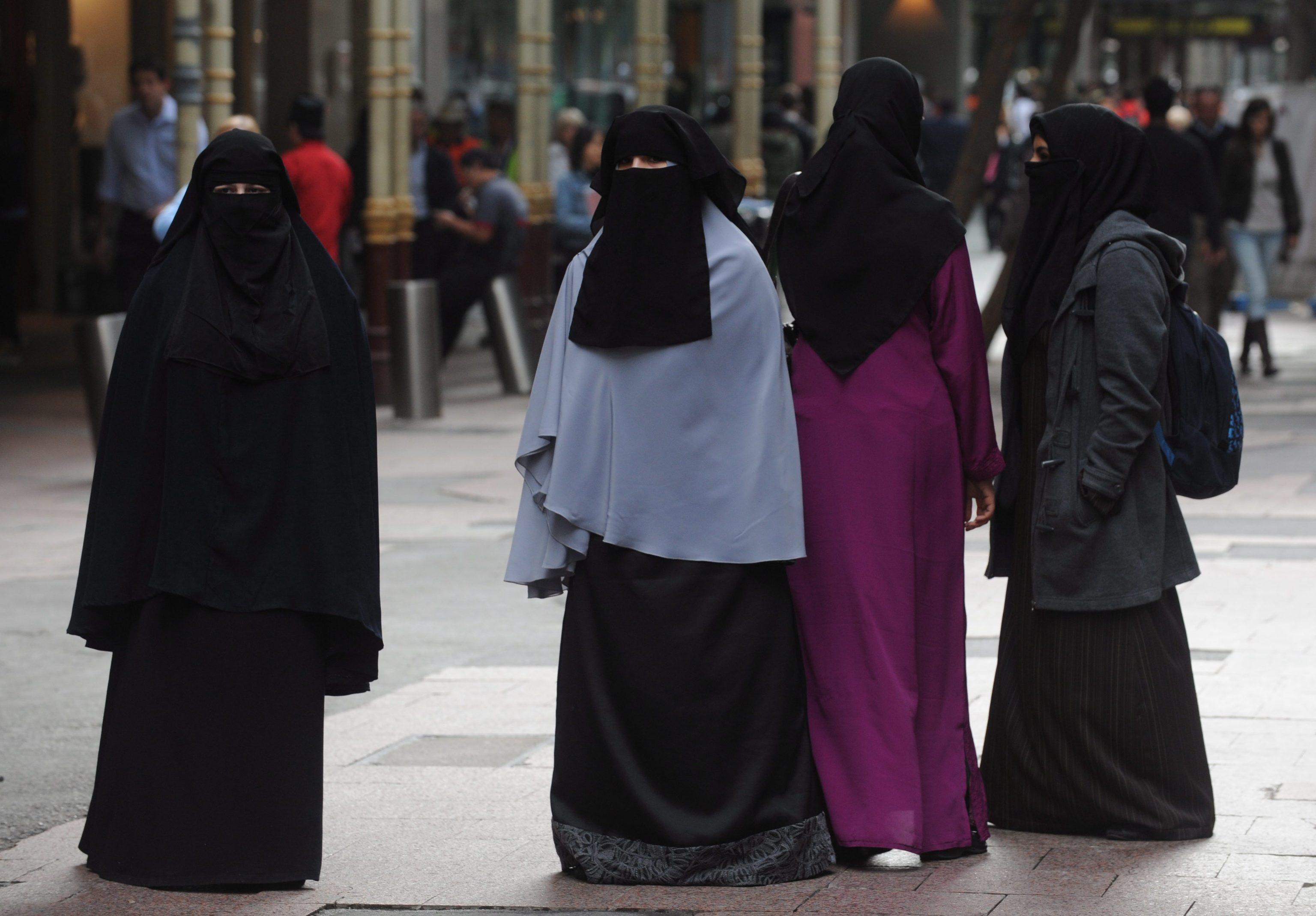 Londra, è tornata a casa la bimba cristiana di 5 anni affidata a famiglie musulmane