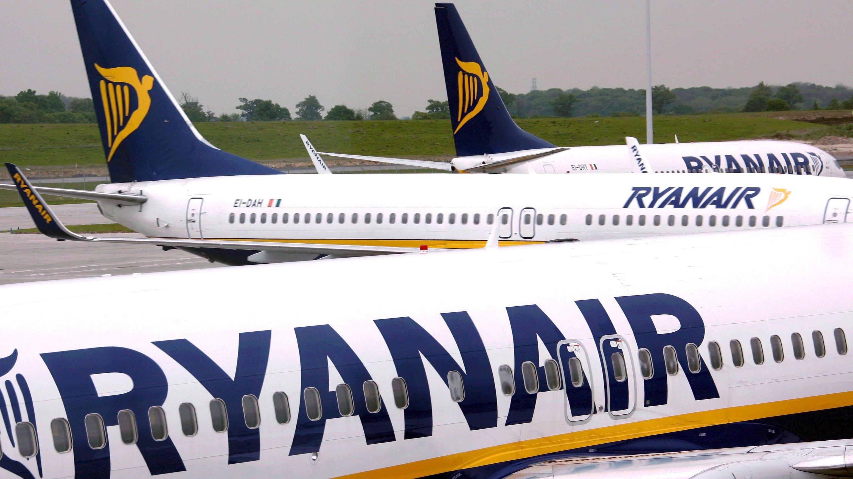 Ryanair annuncia nuove cancellazioni fino a marzo 2018, a terra 400.000 passeggeri