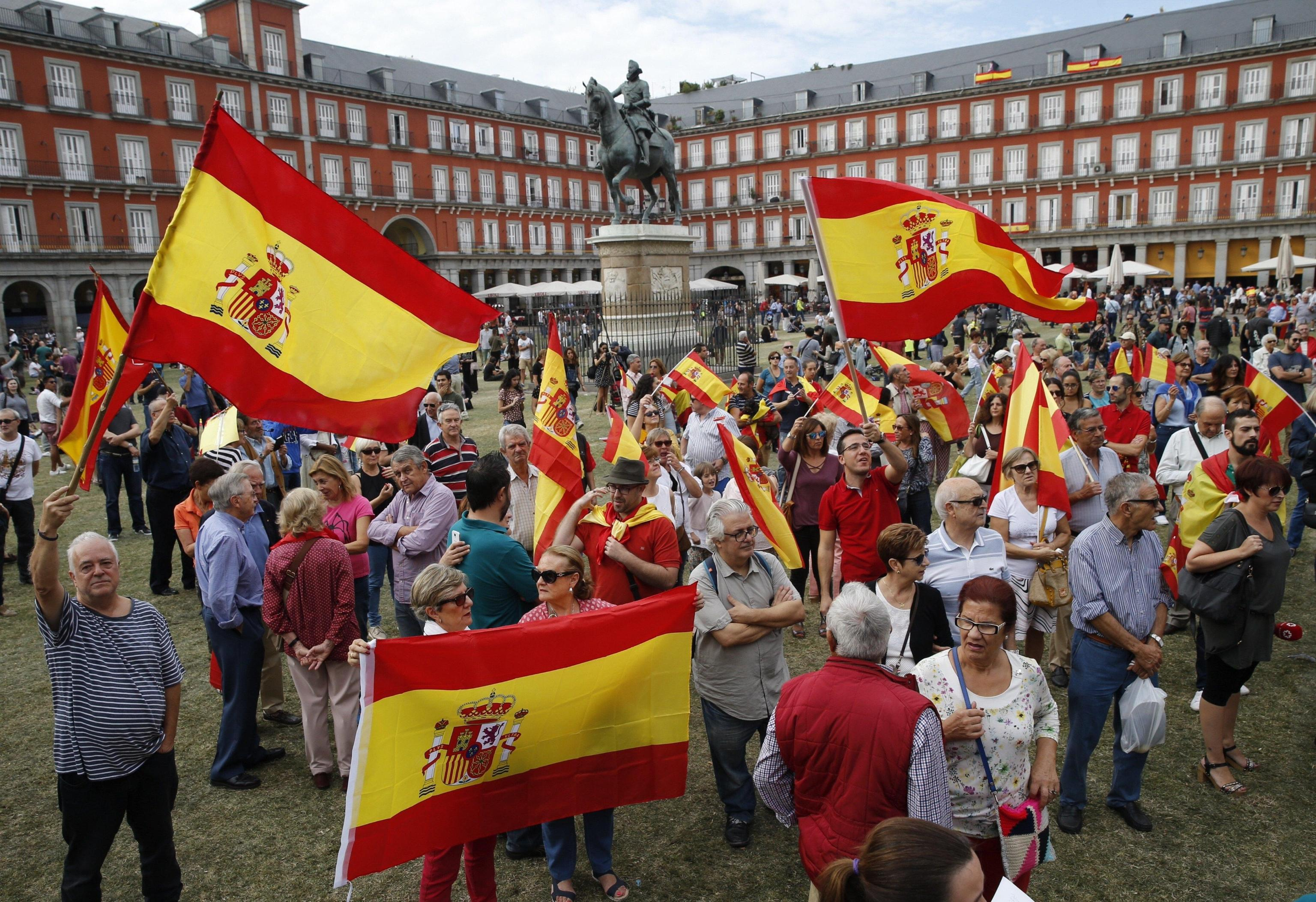 Referendum Catalogna, i motivi e le reazioni sull'indipendenza