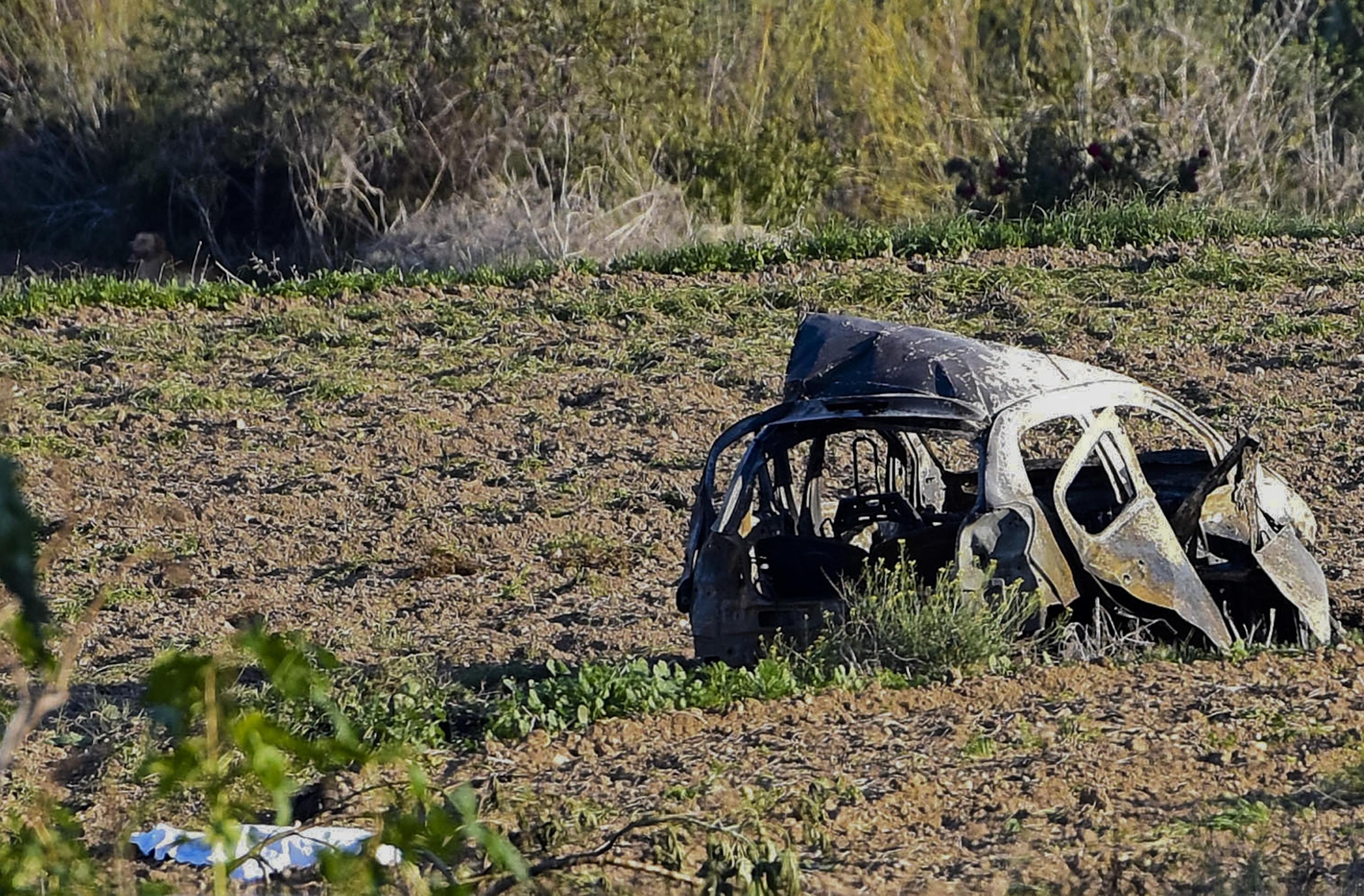 Malta, autobomba uccide la giornalista Daphne Caruana Galizia: indagava sulla corruzione
