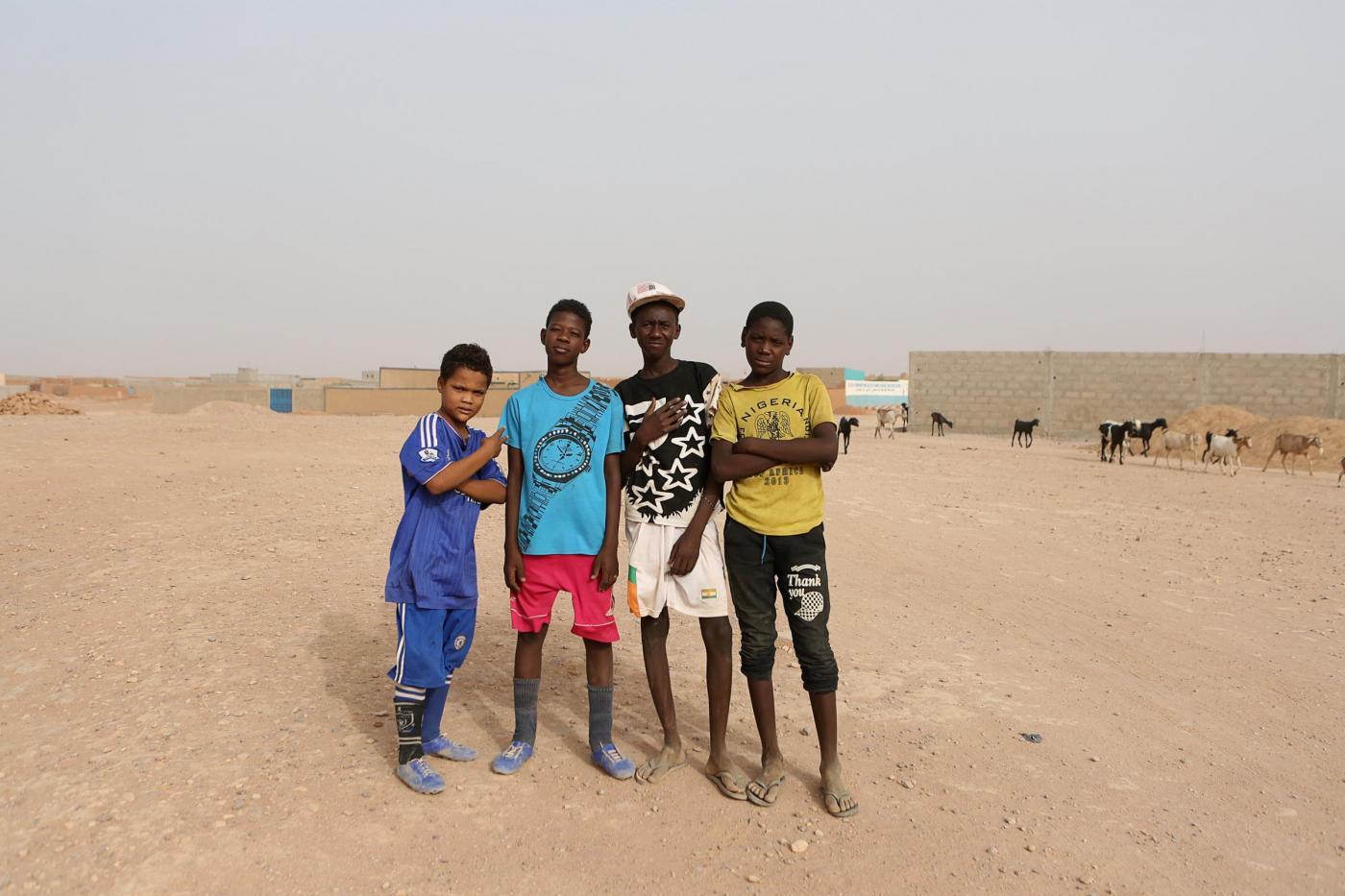 Libia: migranti venduti come schiavi all'asta