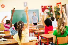 Piacenza, due maestre elementari arrestate per maltrattamenti sugli alunni