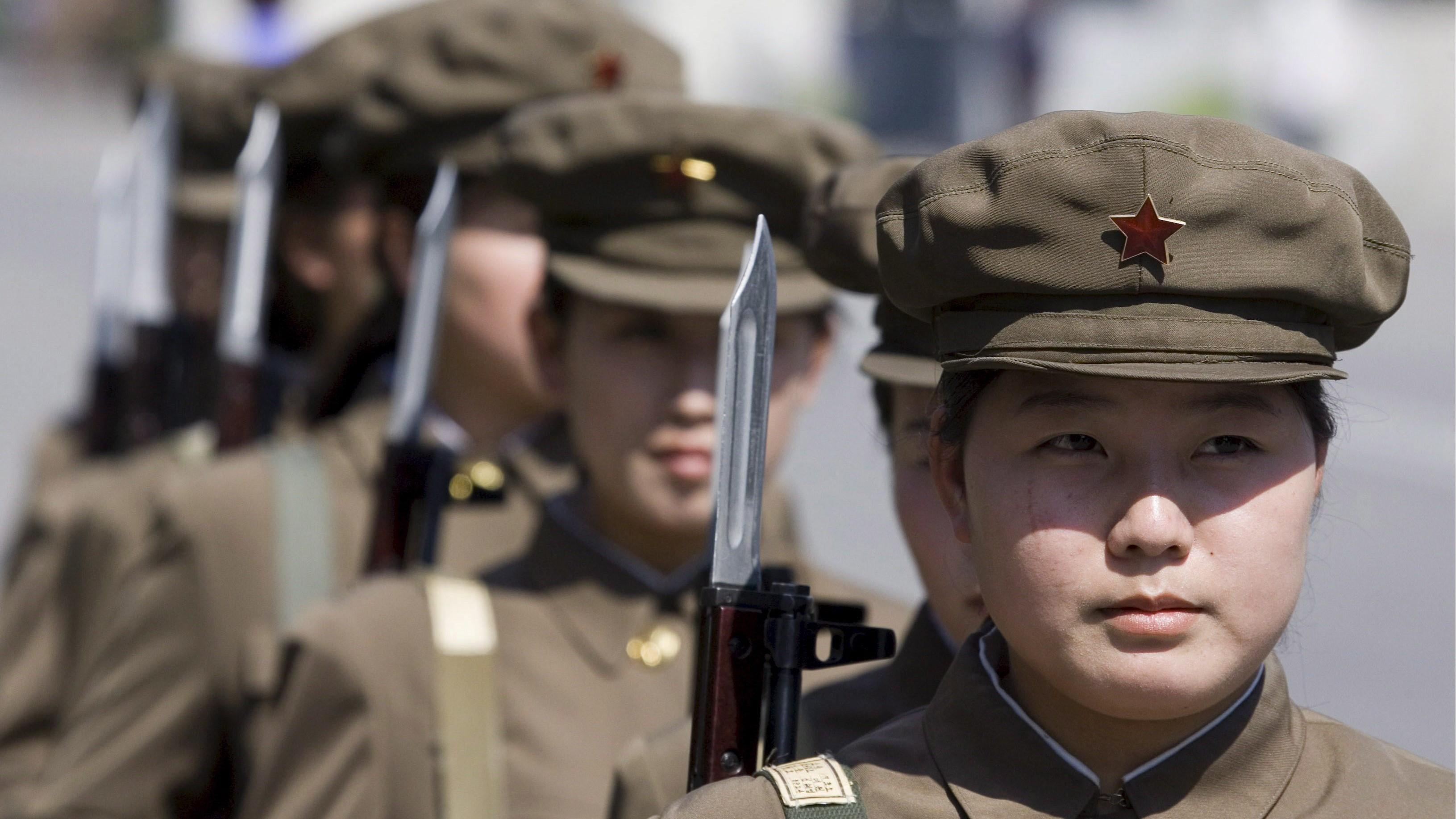 """Corea del Nord, racconto choc di una soldatessa: """"Stupri e violenze, non avevamo più il ciclo"""""""