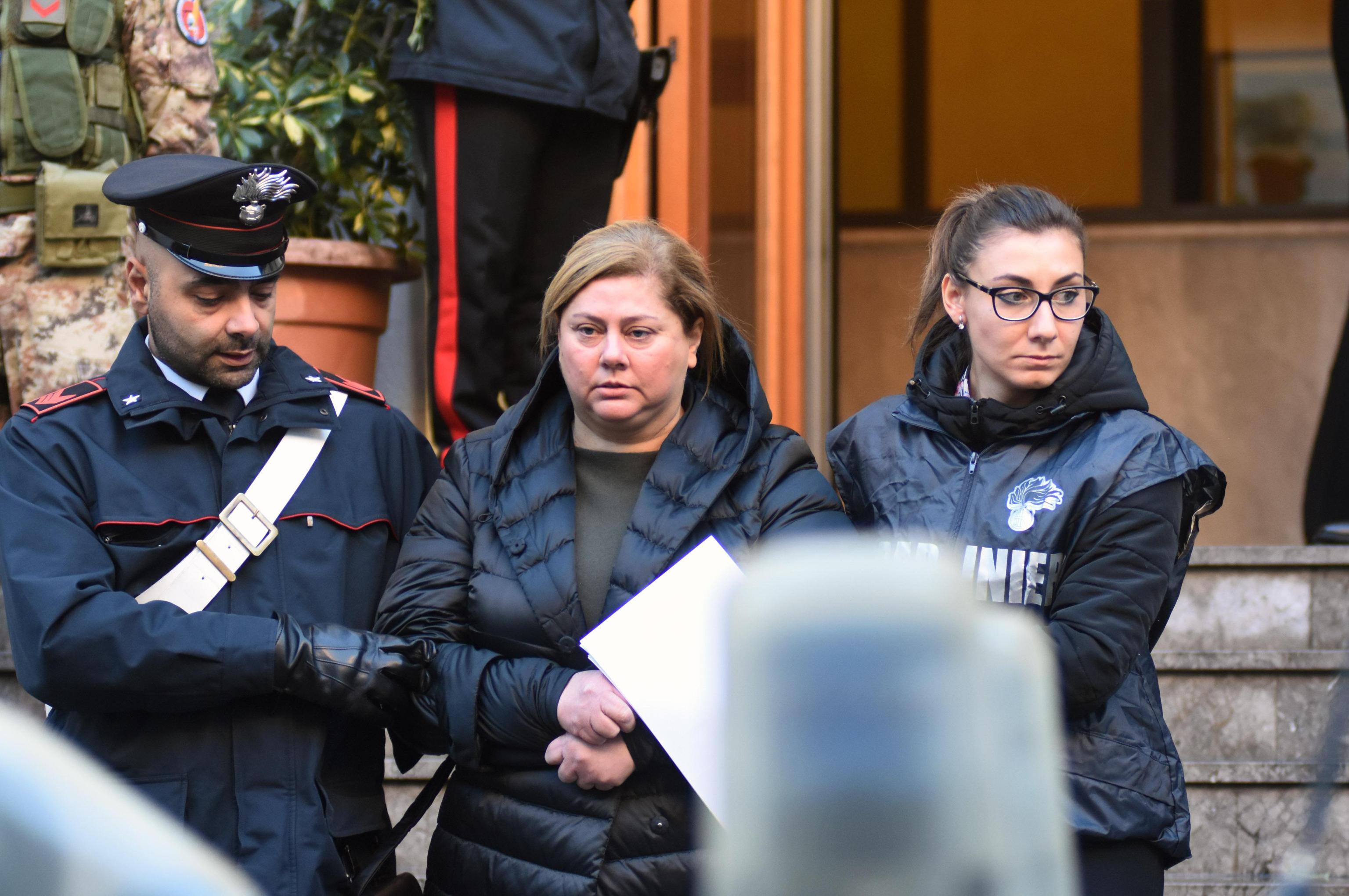 Mafia, blitz a Palermo, tra i 25 arrestati una donna: era ai vertici di Cosa nostra