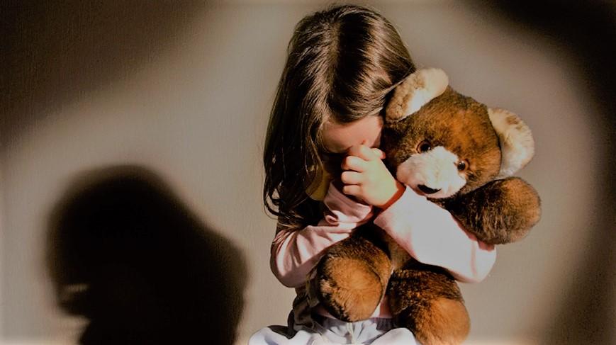"""Bullismo, la lettera di una bambina ai genitori: """"Mamma voglio morire"""""""