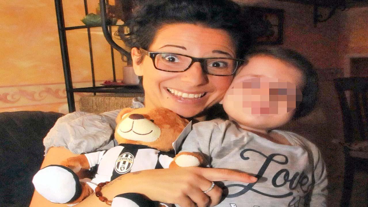 È morta Beatrice, la 'bambina di pietra': stroncata a 8 anni da una malattia rara