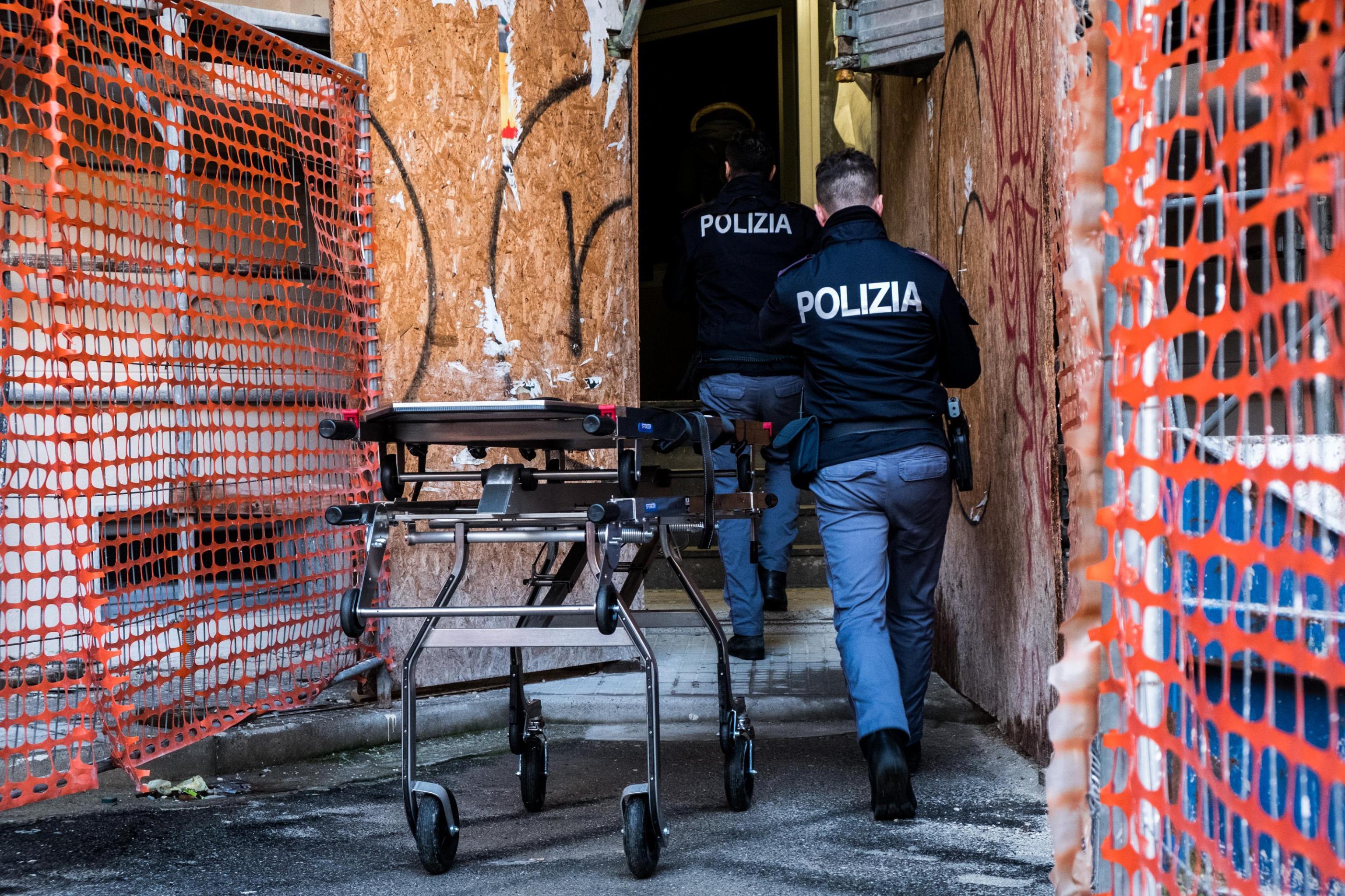"""Delitto via Brioschi, Alessandro Garlaschi: """"Lei aveva il coltello, l'ho rigirato per difendermi"""""""